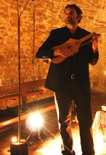 Concert medieval a església romànica de Camallera.