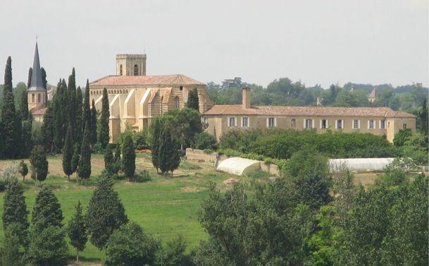 1024px-Abbaye_de_Boulaur_-_France