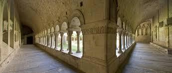 imatge claustre de Girona